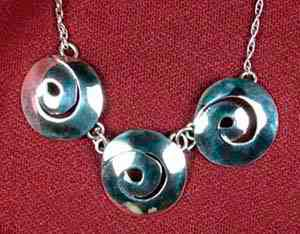 3 Swirl Necklace